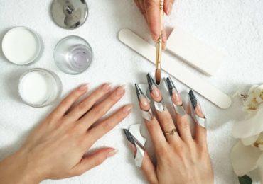 наращивание ногтей лобня